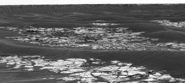 Opportunity - Erebus on the horizon. Image credit NASA/JPL.
