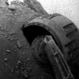 Opportunity - another wheel stuck in the sand. Image credit NASA/JPL.